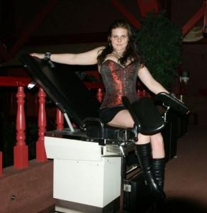 gynaecologenstoel bij Parenclub
